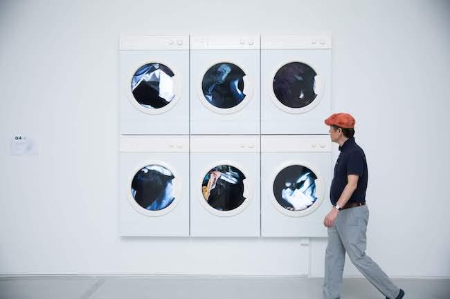 参考画像:レアンドロ・エルリッヒ『Six Cycles』(2018) ©HOW Art Museum