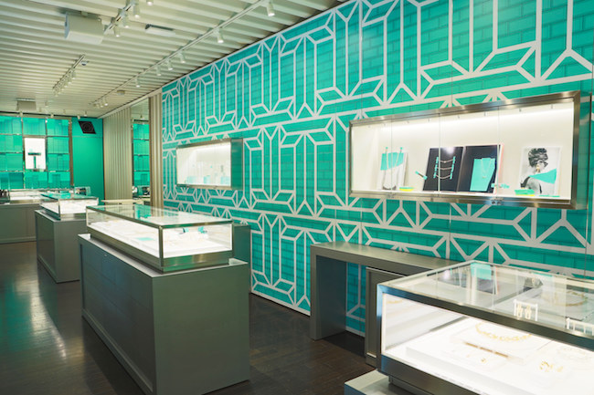 sale retailer 369a4 6839d 日本初のカフェも併設!「Tiffany」注目のコンセプトストア ...