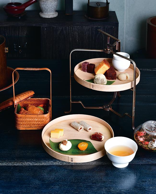 和のアフタヌーンティー「茶間食(さまじき)」(¥4,500 、13〜18時限定)。