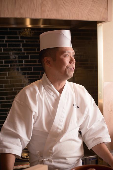店主・料理人の竹村竜二さん。「新店舗は1からどころか0からのスタートです」。