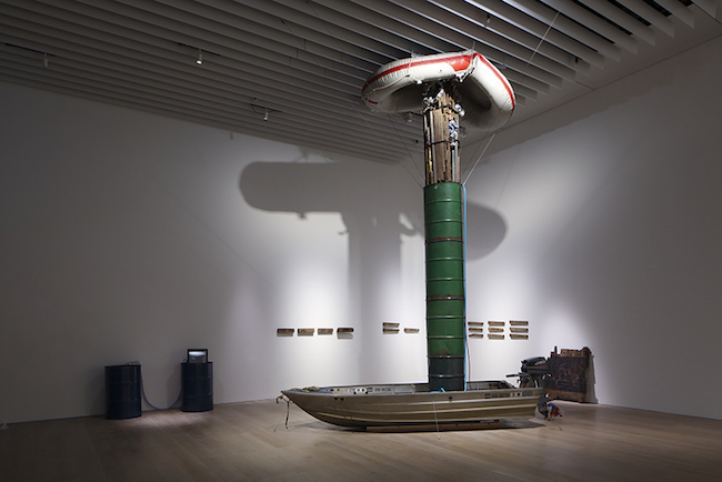 ヒスロム 《いってかえって―浮力 4》ほか 展示風景:「六本木クロッシング2019展:つないでみる」森美術館(東京) 撮影:木奥惠三 画像提供:森美術館