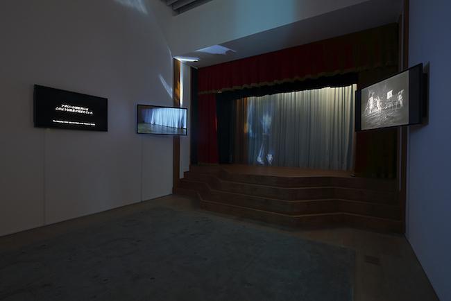 田村友一郎 《MJ》 2018年 ミクスト・メディア・インスタレーション Courtesy:Yuka Tsuruno Gallery, Tokyo 展示風景:「六本木クロッシング2019展:つないでみる」森美術館(東京) 撮影:木奥惠三 画像提供:森美術館