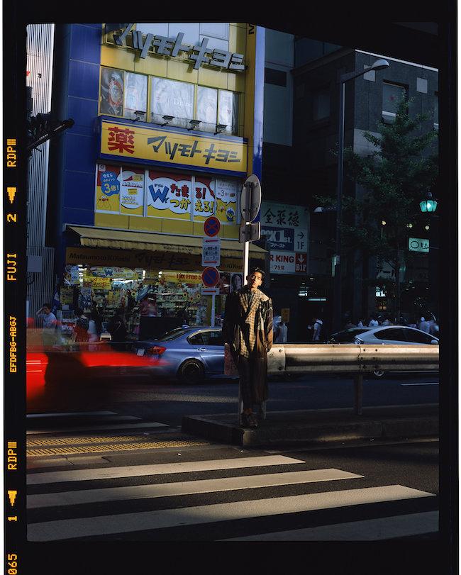 Roppongi, Tokyo 2018 C-print 126.0 x 100.0 cm CS-Roppongi-2018-L © Chikashi Suzuki, Courtesy of KOSAKU KANECHIK