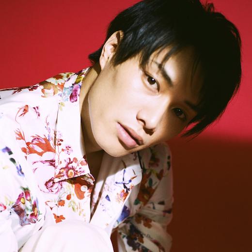 鈴木伸之インタビュー「毎日4時間英語を勉強しています」