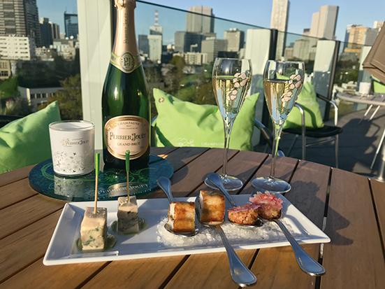 ペリエ ジュエをバイ・ザ・グラスでも愉しめる「ペリエ ジュエ シャンパーニュガーデン」が6月30日までオープン。