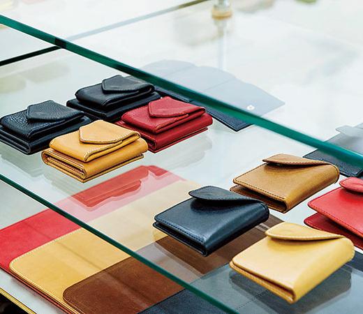 ミニ財布への刻印が人気。