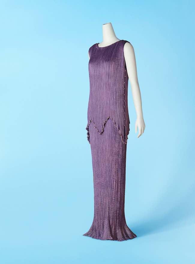 マリアノ・フォルチュニ『デルフォス』(1920年代)神戸ファッション美術館