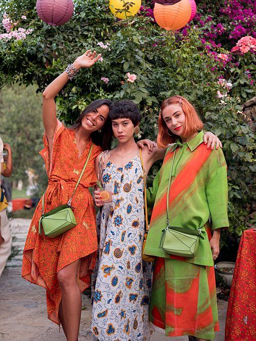 左から ニーナ・ウルジェイ、グレタ・フェルナンデス、ミランダ・マカロフ Photo by Marc Medina