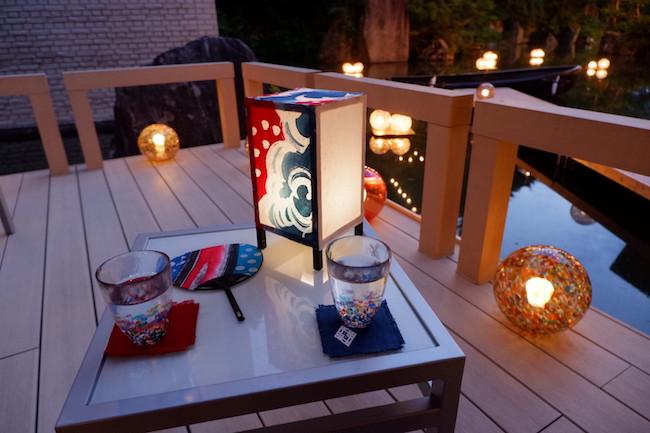津軽びいどろのグラスと、手作りしたねぷたうちわで夕涼み。