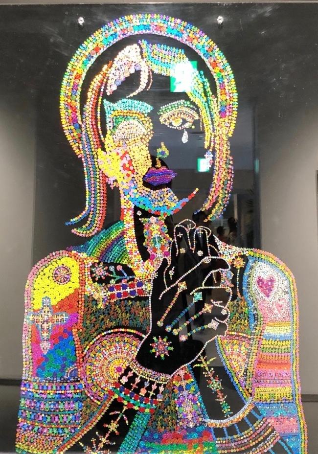 「Sticker mosaic Maria」 シール、アクリル板 2003