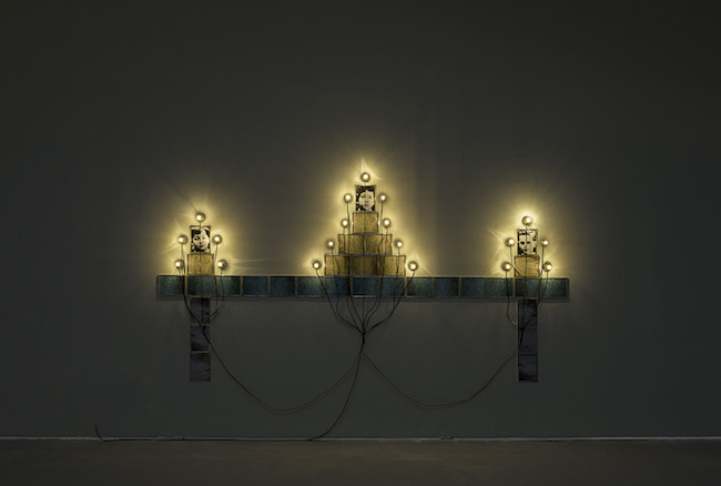 《モニュメント》 © Christian Boltanski / ADAGP, Paris, 2019, Photo © The Israel Museum, Jerusalem by Elie Posner