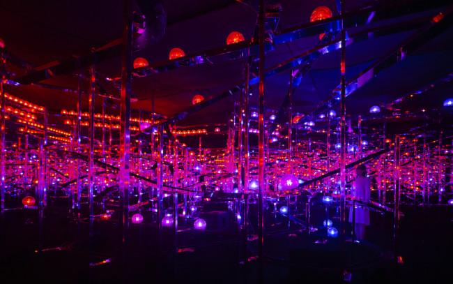 『光群落』 ©チームラボ