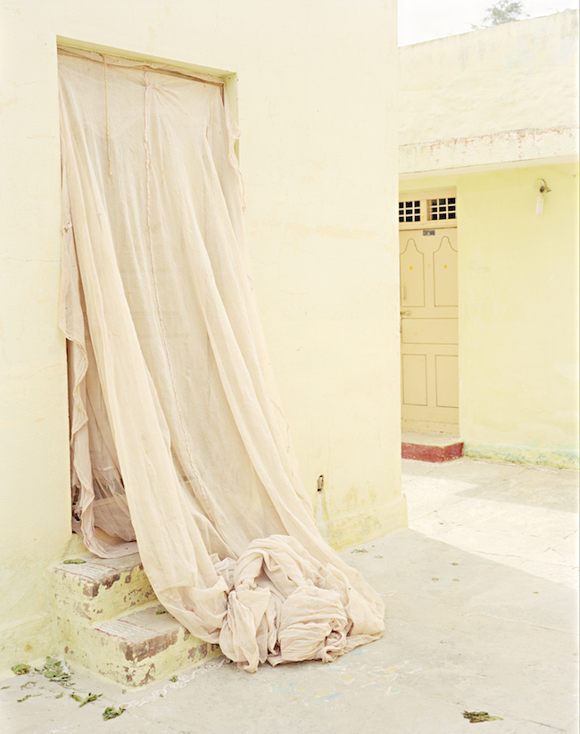 『Secret Door, Avani, India, 2016』 ©Vasantha Yogananthan