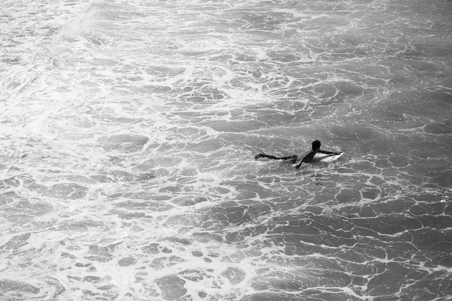 『バスク地方の海にて』(2012年) photo:志津野雷