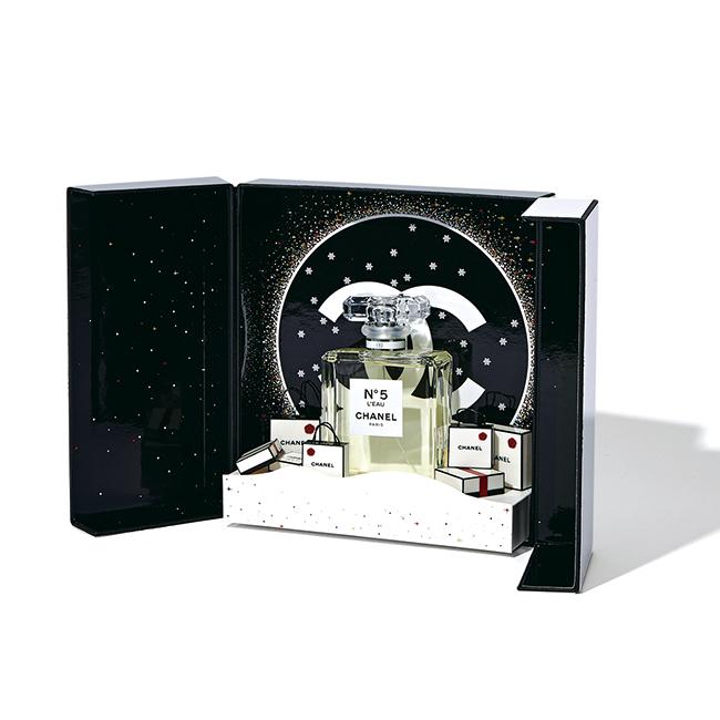 シャネル Nº5 ロー オードゥ トワレット シアター コフレ[100ml]¥20,000(11月1日限定発売)/Chanel(シャネル)