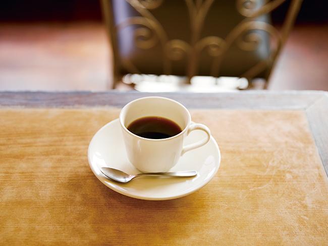 香り高い「ブレンドコーヒー」(¥500)。