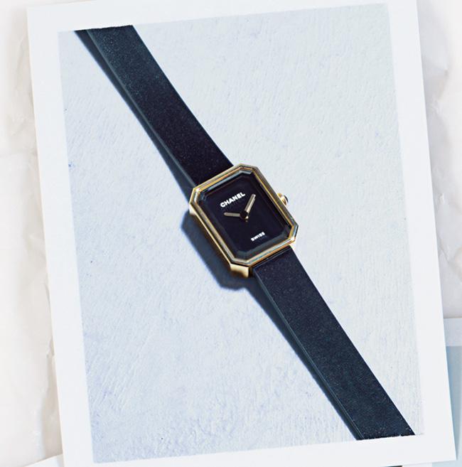 ウォッチ¥470,000/Chanel(シャネル 0120-525-519)