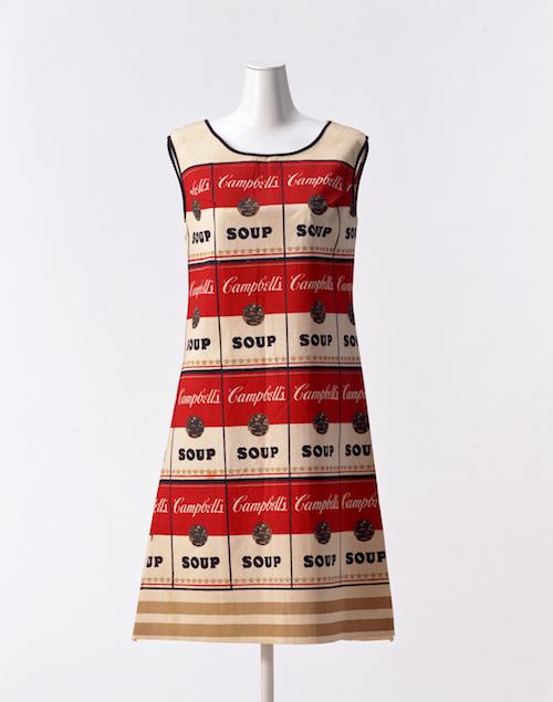 CAMPBELL'S SOUP COMPANY「ザ・スーパー・ドレス」 1968年 京都服飾文化研究財団所蔵、畠山崇撮影