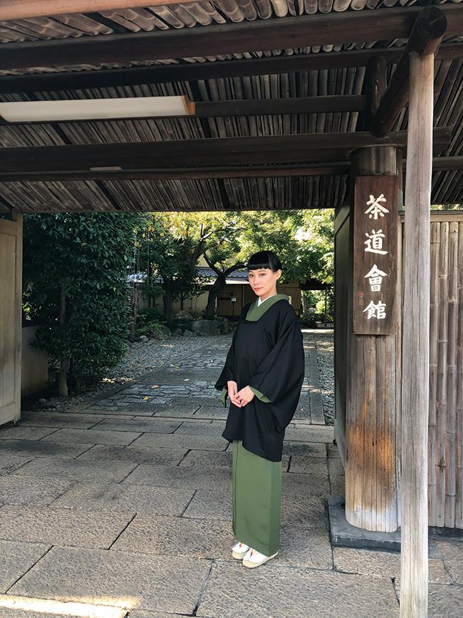 去年の秋、東京の茶道会館のお茶会へ参加した時の様子。