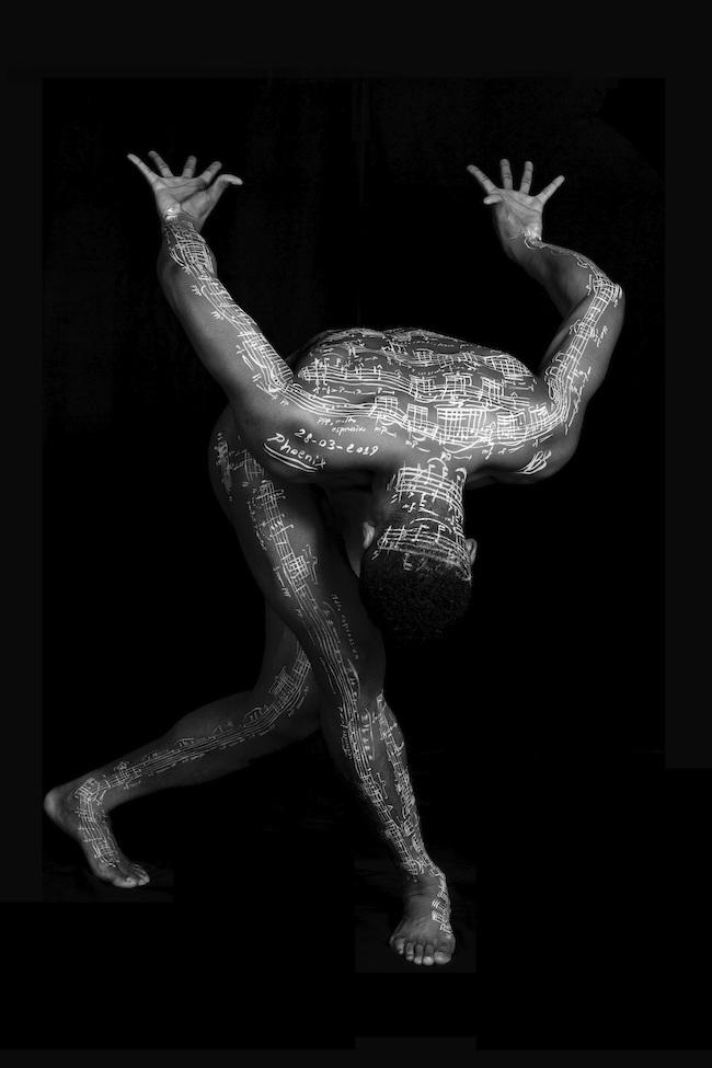 ©Jacopo Baboni Schilingi 『Ricardo Barrett - Atlas (Aura-Phoenix)』(2019年)