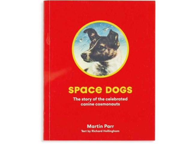 20世紀半ばに有人宇宙へ送られたソ連の犬たちの知られざる物語をたどった『Space Dogs』(19年、Laurence King)。