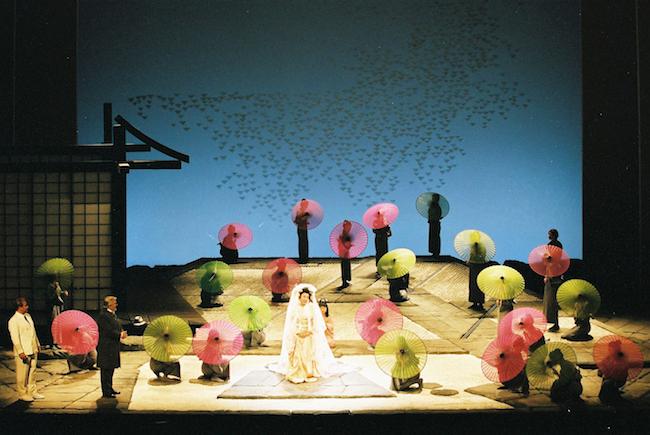 『蝶々夫人』2002年中国公演 撮影:三好英輔、画像提供:劇団四季