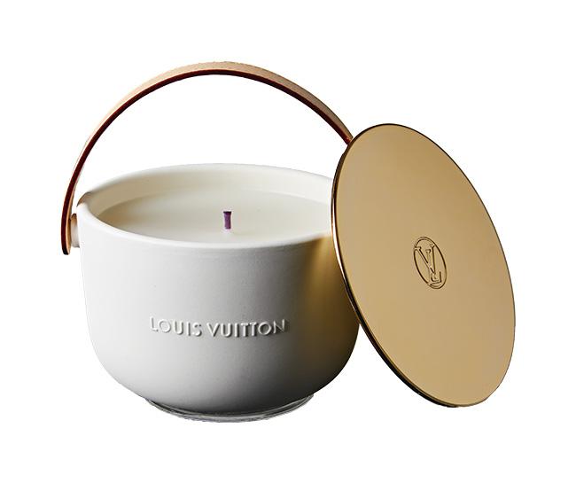 アン・メ ミディアム キャンドル[220g]¥25,000/Louis Vuitton(ルイ・ヴィトン ジャパン 0120-00-1854)