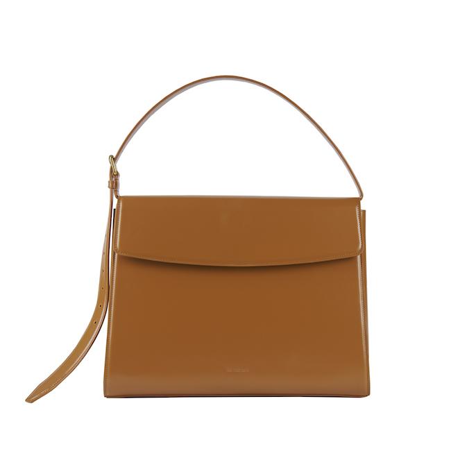 「GHOST L TOP HANDLE BAG」(H28.5×W36.6×D13.5cm/シャイニーボックスカーフ)¥189,000