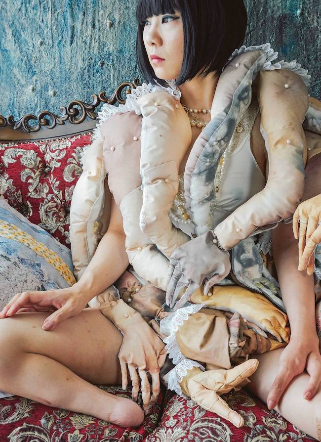 bystander #002, 2016 ©Mari Katayama. Courtesy of rin art association