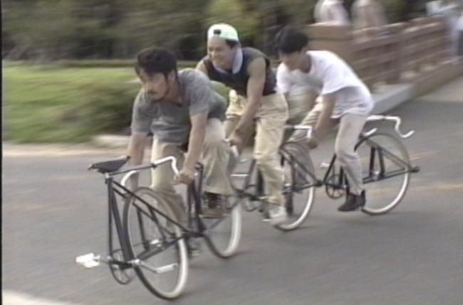 曽根裕『19 番目の彼女の足』映像, 1993 年