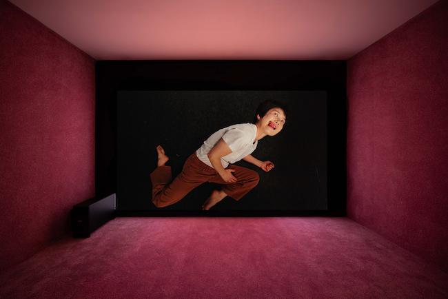 オルタナティブ・スペースd/pによる展示より、Yunjung Lee『Tongue Gymnastics』、「No Space, Just a Place」展示風景、大林美術館、ソウル(2020年)
