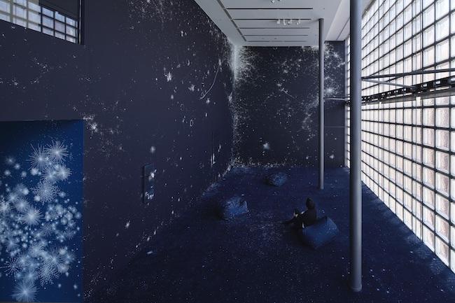 展示風景『Installation view』コズミック・ガーデン(2020) ©Nacása & Partners Inc. / Courtesy of Fondation d'entreprise Hermès