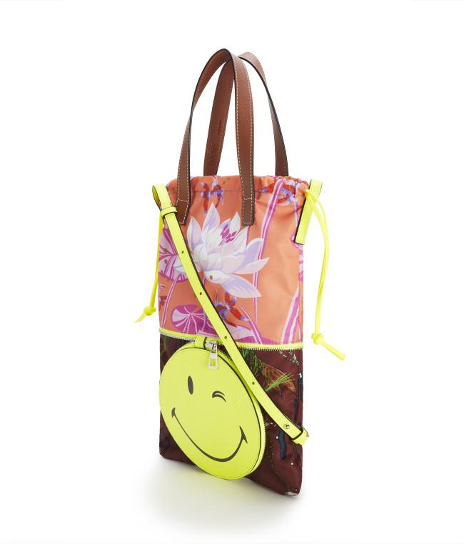 ¥101,000 LOEWE Paula's 2020 featuring SmileyWorld®