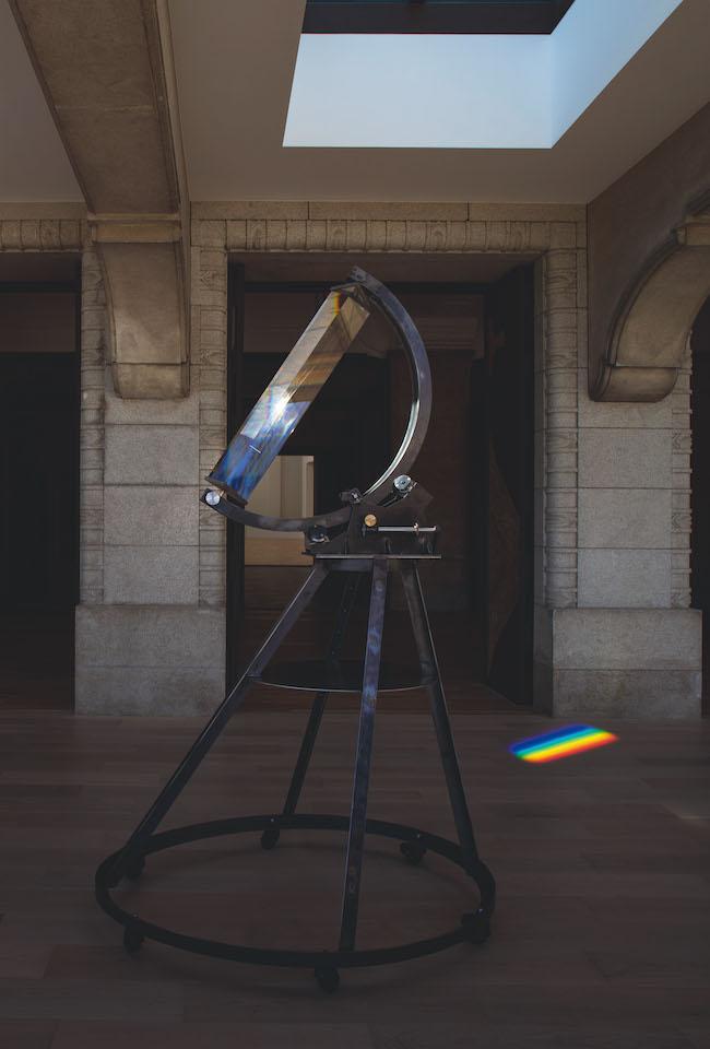 杉本博司《アイザック・ニュートン式スペクトル観測装置》2020年 Photo:Sugimoto Studio