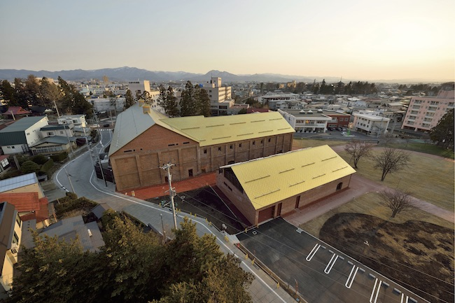2020年7月、青森・弘前に開館した「弘前れんが倉庫美術館」。