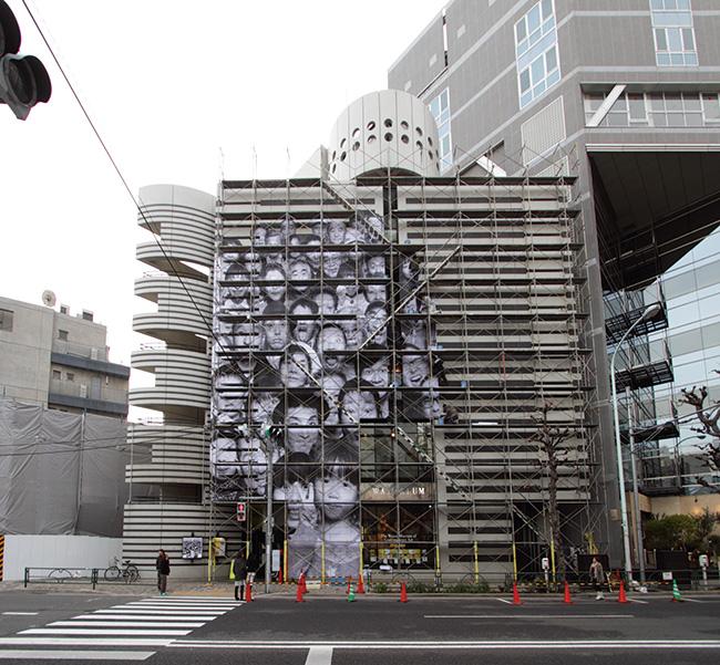 JR『インサイドアウト』プロジェクト 東北/東京 制作ドキュメント(2013年2月7日)※過去に同館で開催された展示風景より