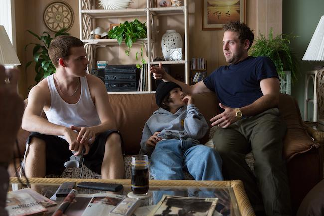 左から主人公スティーヴィーの兄イアンを演じたルーカス・ヘッジズ、スティーヴィー役のサニー・スリッチ、ジョナ・ヒル監督。