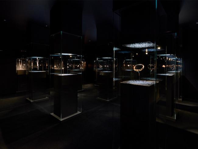 銀座メゾンエルメスでの展示風景 ©Nakása&Partners