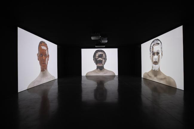 宮島達男『Counter Skin on Faces』(2019/2020年) Courtesy of Akio Nagasawa Gallery Photo by Siliang Ma