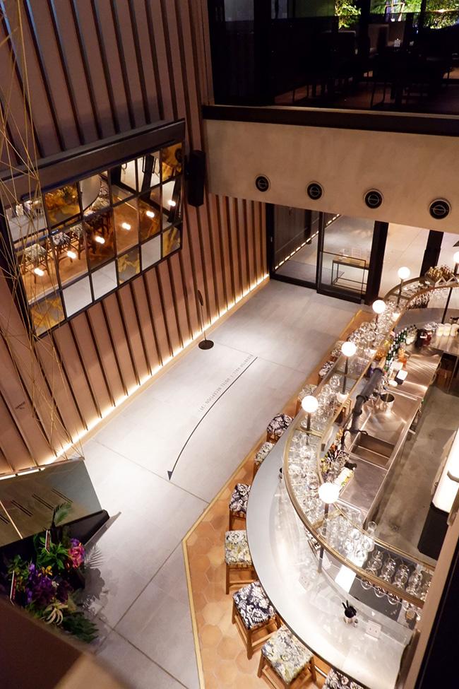 NOHGA HOTEL AKIHABARA TOKYO 2階からエントラス&バーの眺め