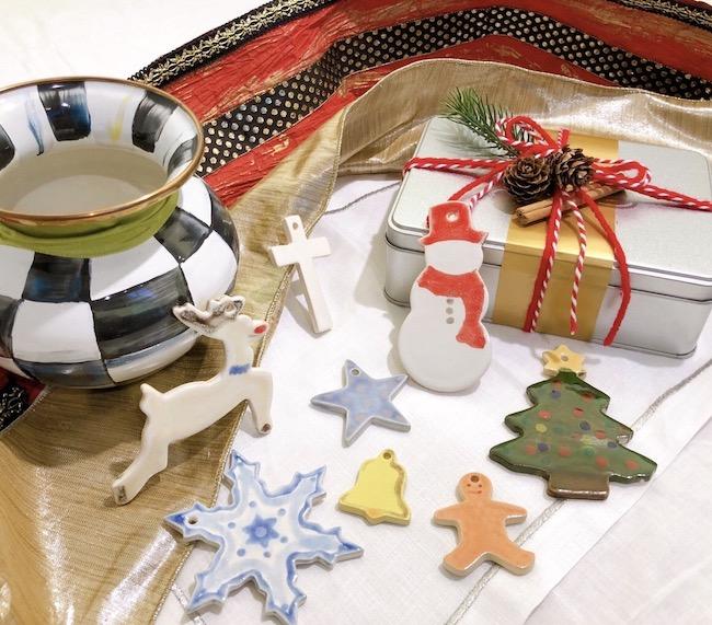 「クッキー型で作るクリスマスオーナメント」イメージ