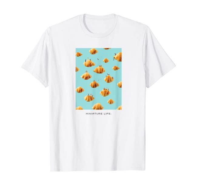 クモワッサン Tシャツ(メンズ)¥2,980/MINIATURE LIFE