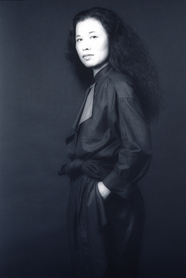 ロバート・メイプルソープ撮影による、石岡瑛子のポートレート(1983年) Photo by Robert Mapplethorpe Eiko Ishioka, 1983 ©Robert Mapplethorpe Foundation. Used by permission.