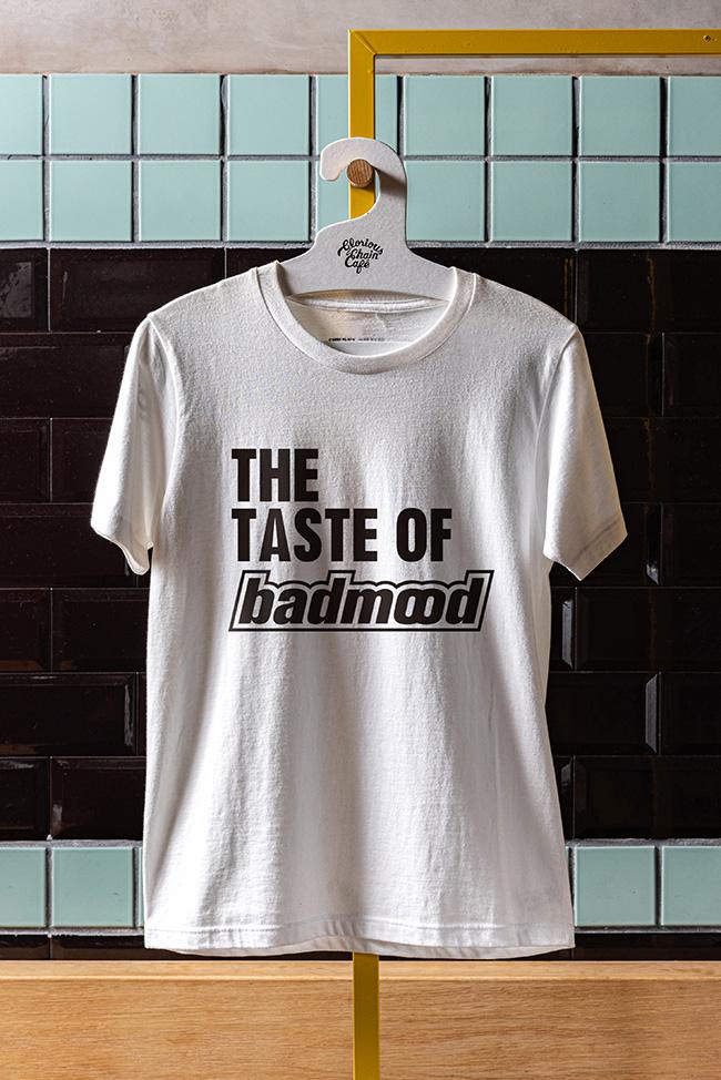 Tシャツ ¥5,280(税込)