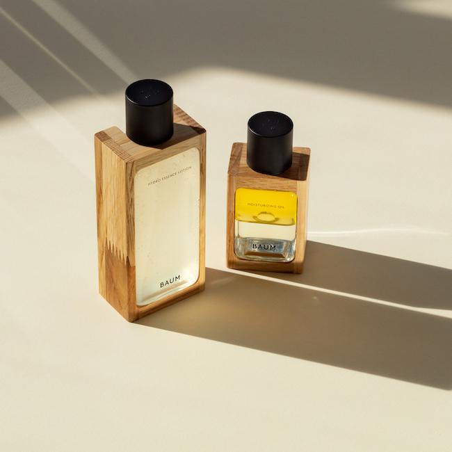 ハイドロ エッセンスローション 化粧水 150ml ¥6,500、モイスチャライジング オイル 60ml ¥8,000