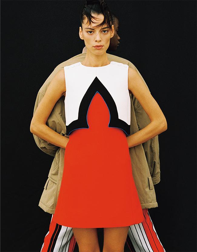 <前>ドレス¥433,000 <後>ジャケット¥685,000 パンツ¥149,000/すべてLouis Vuitton(ルイ・ヴィトン クライアントサービス 0120-00-1854)