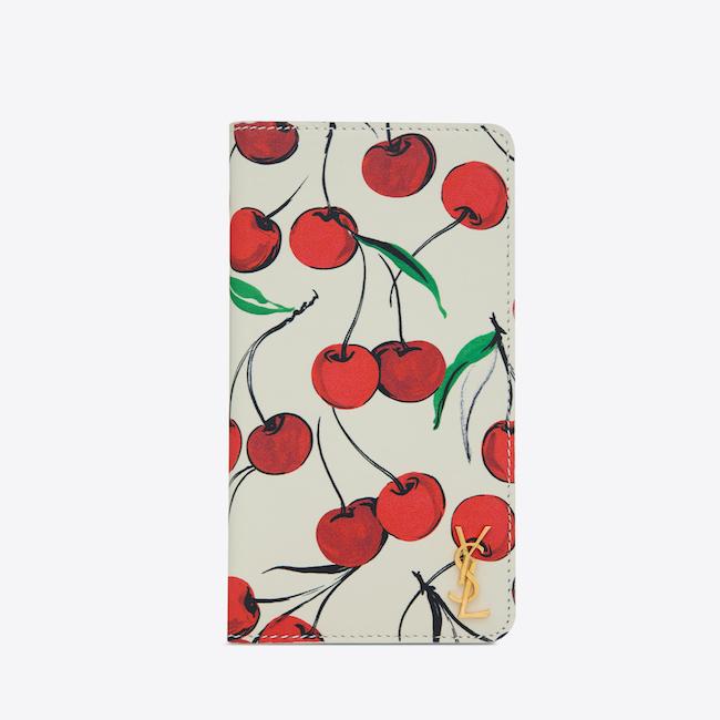 iPhone 11ケース(H15xW8xD1.5cm)¥45,000円 ※日本限定