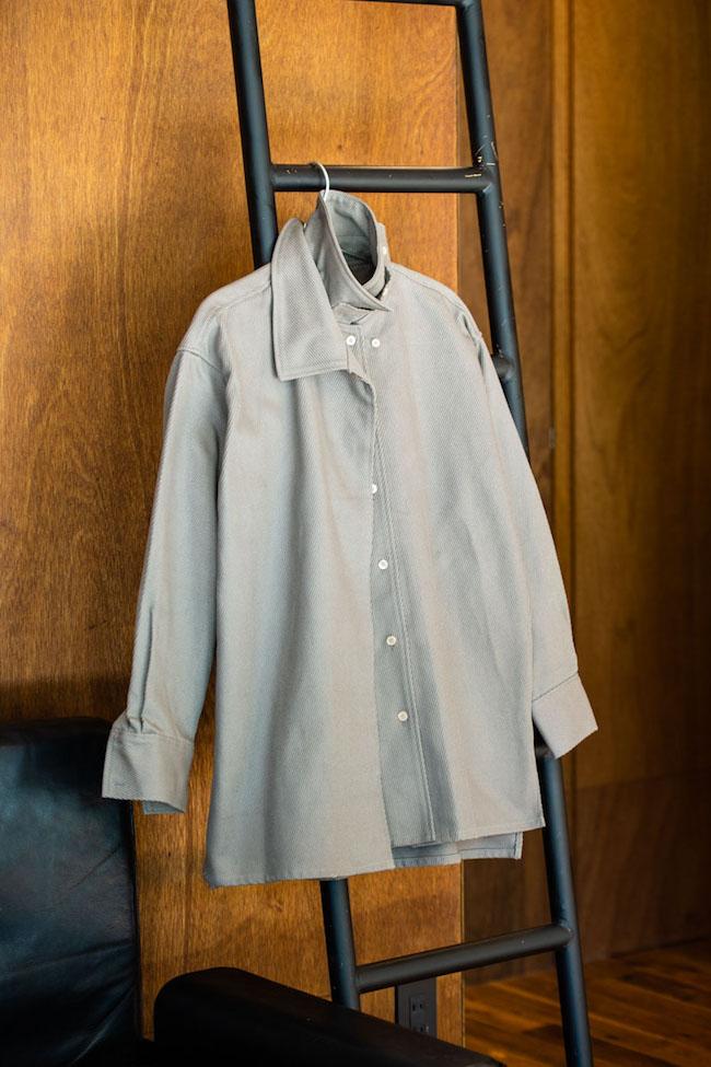 オーバーサイズドミリタリーシャツ¥33,000