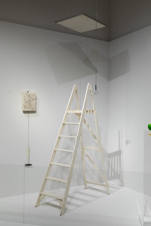 ジョンとヨーコが出会った1966年インディカ・ギャラリーの再現(「天井の絵」) Shintaro Yamanaka(Qsyum!)