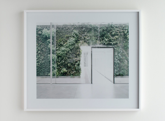 Untitled (21st Century Museum of Comtemporary Art, #03) 2007 laserchrome print © Luisa Lambri / Courtesy of Gallery Koyanagi